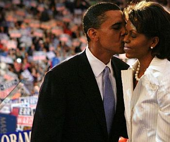 Barack_and_michelle_obama_65