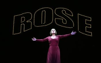 Gypsy Patti_LuPone_as_Rose_in_GYPSY_(4),_photo_by_Joan_Marcus