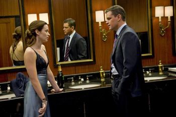 Adjustment-bureau-movie-photo-05-550x364