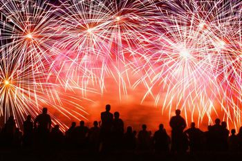 Fireworks 1801ab5c4146aa3a97a07778279b2694