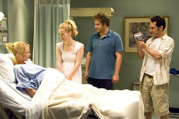 Tt knocked seth-rogen-katherine-heigl-paul-rudd-leslie-mann-in-knocked-up