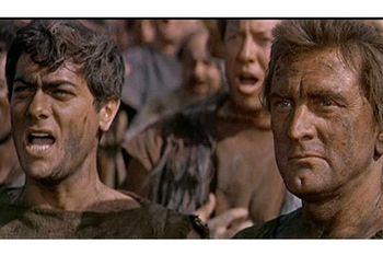 10th spartacus-movie-clip-screenshot-i-am-spartacus_large
