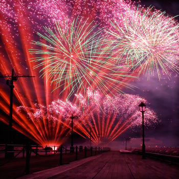 Blogo_international_fireworks_2_b